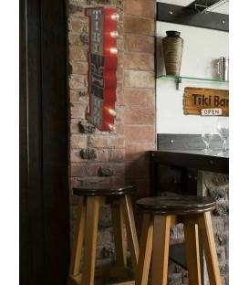 Mancave Tiki Bar Wanddeko mit LED