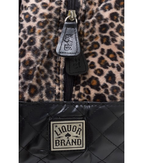 Liquor Brand Tasche Americana